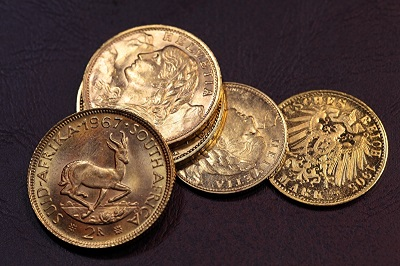 Do Private Investors Prefer Gold Coins